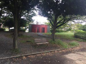子供連れに人気の稲田公園レポ!川崎市多摩区の多摩川沿い(関東・神奈川)入口にあるトイレ