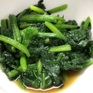ツマミにほうれん草の簡単レシピ!あと一品にも人気のお浸し、冷凍ほうれん草でもOK!